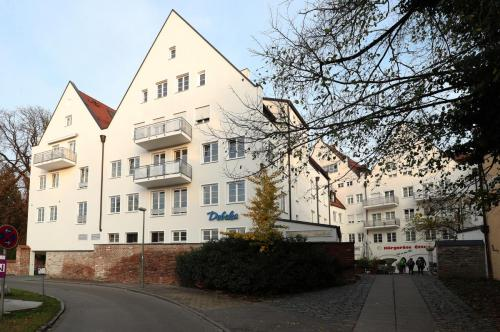 Dreifaltigkeitsplatz 11,11a, Landshut (1)