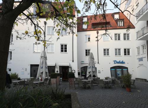 Dreifaltigkeitsplatz 11,11a, Landshut (5)