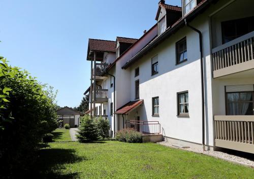 Pfarrer-Zielbauer-Weg Geisenhausen